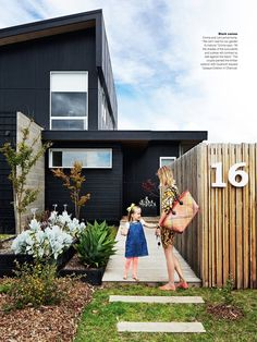 oversize house numbers / black exterior The Black House / Ninemsn Black Exterior, Exterior Colors, Exterior Paint, Exterior Design, Interior And Exterior, Architecture Design, Architecture Interiors, House Colors, Curb Appeal