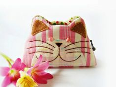 Cat purse / Hand embroidery / Pencil bag / Cosmetic by DooDesign, $22.90