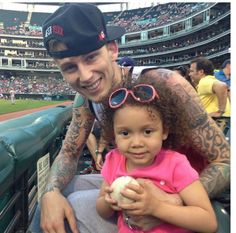Machine Gun kelly mgk and his beautiful lil gurl Cassie