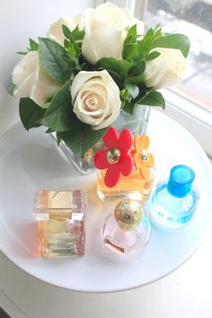 Using a cake stand perfume display to organize your favorite scents. Perfume Display, Be Your Own Kind Of Beautiful, Display Design, Projects To Try, Perfume Bottles, Entertaining, Table Decorations, Cake, Dressing Table