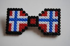 Maybe for 17th of May... Norwegian flag ;) 17 Mai, Norwegian Flag, Diy And Crafts, Crafts For Kids, Red White Blue, Perler Beads, Beading Patterns, Cross Stitch, Bows