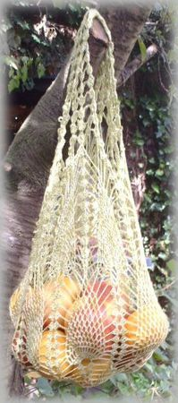 pineapple shopping bag!  - free crochet pattern!