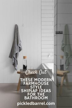 Modern farmhouse combines some elements that just work well together, and one of those elements is shiplap! See for yourself! #pickledbarrelblog #farmhouse #shiplapideas Modern Farmhouse Porch, Modern Farmhouse Design, Modern Farmhouse Kitchens, Farm House Colors, Diy Rustic Decor, Diy Apartment Decor, Joanna Gaines, Barrel, Coastal