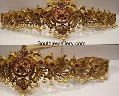 Gold Chains For Men 22 carat gold antique peacock vaddanam Gold Jewelry For Sale, Gold Rings Jewelry, Gold Jewelry Simple, Royal Jewelry, Gold Jewellery Design, Indian Jewelry, Nice Jewelry, Craft Jewelry, Antique Jewellery