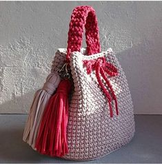 Bobble Stitch Handbag Crochet Pattern with Video TutorialRolled fabric flower - how to make a fabric rosetteThis Pin was discovered by Ele Crotchet Bags, Bag Crochet, Crochet Clutch, Crochet Handbags, Crochet Purses, Knitted Bags, Crochet Crafts, Crochet Stitches, Crochet Projects