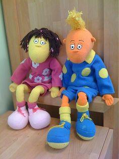 Mery-Jane / Dvojčiatka Ňuňulákové Smurfs, Ale, Santa, Dolls, Handmade, Stuff To Buy, Character, Baby Dolls, Hand Made
