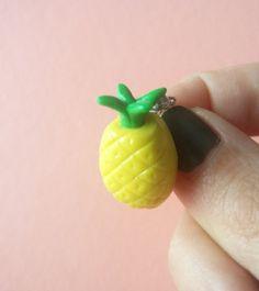 Guarda questo articolo nel mio negozio Etsy https://www.etsy.com/it/listing/488284186/spilla-ananas-frutta-esotica