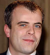 Steve McDonald once married to Kate Simon Gregson, Coronation Street Actors, British Drama Series, Steve Mcdonald, Manchester Uk, Hollyoaks, Soap Stars, Tv Soap, Music Film