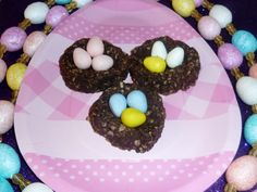 Easter recipes found this cute recipe idea on the kelloggs easter recipes found this cute recipe idea on the kelloggs rice krispies website easter pinterest easter and egg negle Images