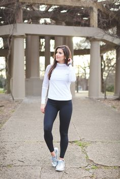 weekly workouts, nike activewear, meal prep the week, lifting exercises, metallic sneakers, nike air max // grace wainwright from a southern drawl