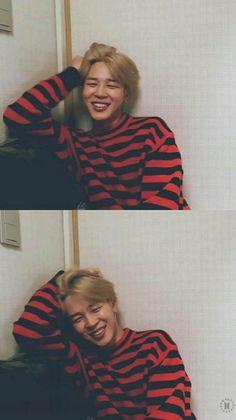 jimin ~ bts ~ kpop ~ korea ----------------------------------------He's very cuuuuute😍 Park Ji Min, Taehyung, Namjoon, Bts Jimin, Bts Bangtan Boy, Foto Bts, Yoonmin, Jikook, Mochi