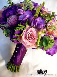 Purple flowers mix...