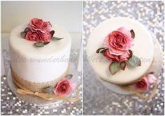 2014-10-020 Vintage Chic, Panna Cotta, Wedding Cakes, Ethnic Recipes, Food, Wedding Cake Vintage, Pies, Simple, Wedding Gown Cakes