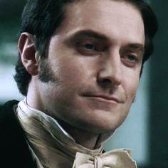 "Richard Armitage as John Thornton - ""North and South"" - BBC) Elizabeth Gaskell, British Men, British Actors, Richard Armitage, North And South, John Thornton, Bbc Drama, Look Back At Me, Film Serie"