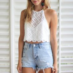 boho chic inspiration. LOOOOOOVVVEE this top!!!!!! And the shorts don't even get me started CUUUUUUTTTTEEEE!