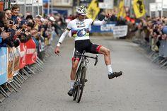Knappe zege van wereldkampioen Mathieu van der Poel in Overijse 06.12.2015 | Photopress.be