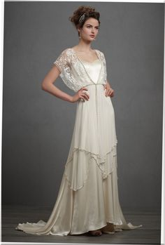 non-traditional-wedding-dresses-second-marriage.jpg (2032×3005)