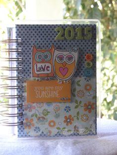 Agenda corujinha!!  Essa foi minha primeira agenda com wire-o!!!   #amordemais  Encomendas: artesdanapaula@gmail.com