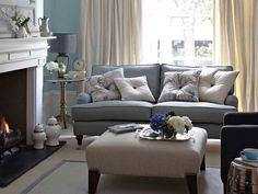 Great schemes with mixandmatch living room chairs Accent colors