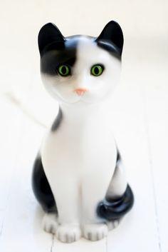 sweet kitten lamp https://www.facebook.com/CatsRPeopleToo