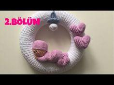 Mesmerizing Crochet an Amigurumi Rabbit Ideas. Lovely Crochet an Amigurumi Rabbit Ideas. Knitting Videos, Crochet Videos, Baby Kranz, Free Crochet, Knit Crochet, Crochet Wreath, Homemade Wreaths, Handmade Home, Beautiful Crochet