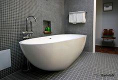 Freistehende Badewanne BW-01-XL aus Mineralguss in glänzender Optik