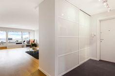 (56) FINN – NORDSTRAND - Lekker, totaloppusset (2014) terrasseleilighet på 128 m² BRA - 2 bad/wc - Romslig kjøkken med HTH innredning - Sydvestvendt, innglasset veranda - Garasje