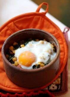 Recipe For One: Chickpeas, Kale, and Sausage with Oven-Baked Egg #breakfast