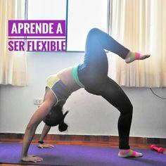 Ser flexible te ayuda a prevenir lesiones en tu cuerpo pero la flexibilidad es un poder que debes aplicar a la vida para evitar lesionar tu corazón. Pants, Physical Activities, Flexibility, Healthy Living, Training, Trouser Pants, Women's Pants, Women Pants, Trousers