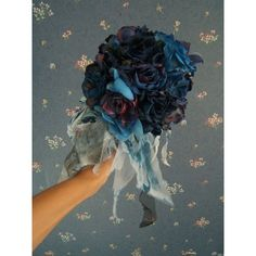 Corpse bride bouquet ❤ liked on Polyvore featuring home, home decor, floral decor, artificial flower arrangement, artificial flowers, flower home decor, bride flower bouquet and silk flower arrangement