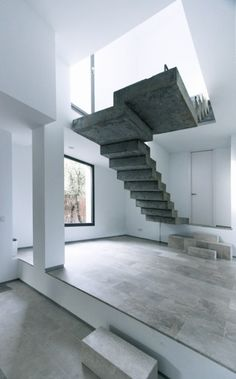Floating Stairs by Ábaton Arquitectura - Love the Modern Architecture Interior Stairs, Interior Architecture, Room Interior, Interior Design, Stairs Architecture, Amazing Architecture, Modern Interior, Escalier Design, Beautiful Stairs