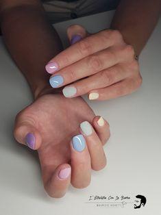 Struttura in acrigel con tecnica slim e colori pastello.  Anulare in effetto zucchero dai toni matt. Nails nailart effettozucchero Nail Art, Nail Arts, Nail Art Designs