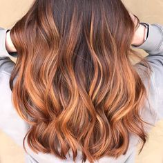 Side Swept Waves for Ash Blonde Hair - 50 Light Brown Hair Color Ideas with Highlights and Lowlights - The Trending Hairstyle Brown Balayage, Balayage Hair, Ombre Hair Color, Brown Hair Colors, Cabelo Ombre Hair, Brown Hair With Highlights, Burgundy Hair, Light Brown Hair, Feathered Hairstyles