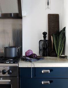 My blue kitchen | Photo: Daniella Witte