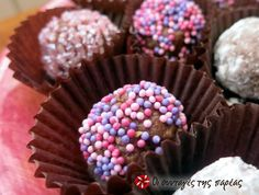 Τρουφάκια με Merenda Sweet Stories, Truffles, Muffin, Easy Meals, Sweets, Chocolate, Cooking, Breakfast, Desserts