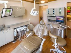 Primus Dental Design and Construction : treatment room