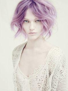 Cheveux pastel.