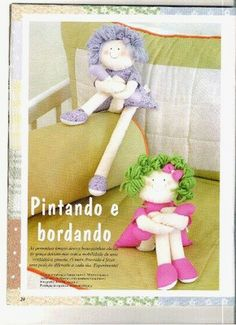 Boneca pernuda com pap e moldes aqui http://lilybabyshop.wordpress.com/2010/09/16/page/2/