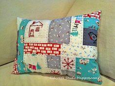 Fish Creek Studio: A Very Merry Christmas Pillow Tutorial (Pic Heavy)
