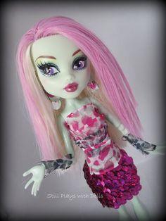 Custom Frankie Stein. Monster High OOAK doll.