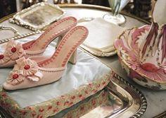 全てマノロ・ブラニク♡映画マリー・アントワネットのお靴がお菓子みたいな可愛さ♡
