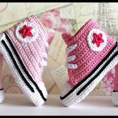 10 pair Crochet baby boy and girl sneakers by UgglaLand on Etsy