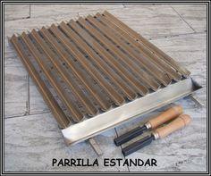 Parrilla de asado argentina para barbacoas metalicas o de obra Barbeque Design, Grill Design, Diy Grill, Barbecue Grill, Brick Grill, Bbq Places, Grill Machine, Fire Pit Bbq, Outdoor Barbeque