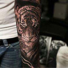 Tiger tattoo by @alex_d_west
