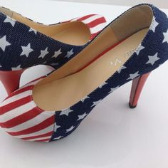 Looking for sexy high heel shoes? Look no further! Beautiful American Flag printed pumps will match any outfits from dresses, dark/blue jeans, skirts and shorts. This pump shoes are made of high quali