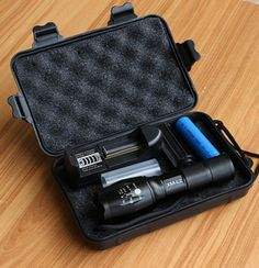 6000LM CREE LED Flashlight Zoomable