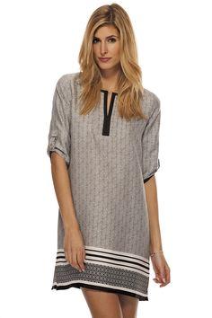Robe ample à motifs imprimés / Loose printed dress https://www.tristanstyle.com/en/women/dresses/loose-printed-dress/8/fv090c0903z/