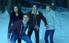 'Riverdale': 3 Seasons In And The Show Has Already Gone Downhill Riverdale Season 1, New Riverdale, Archie Andrews Riverdale, Riverdale Archie, Stranger Things, Series Juveniles, When A Stranger Calls, The Lost Weekend, Riverdale Netflix