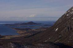 Røssøya Løvøya ute i Vestfjorden. Tromso, Lofoten, Norway, Mountains, Water, Travel, Outdoor, Gripe Water, Outdoors