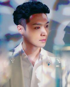 ZHANG YIXING aka KING OF CHINA!!